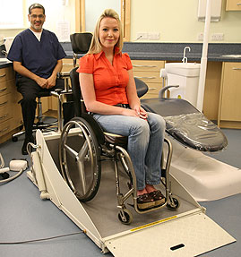 diaco The dental chair for wheelchair patients who